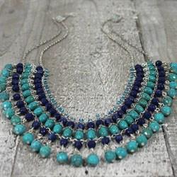 Колье и ожерелья из натуральных камней