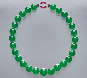 Cartier-Jadeite-Necklace-2-640x853